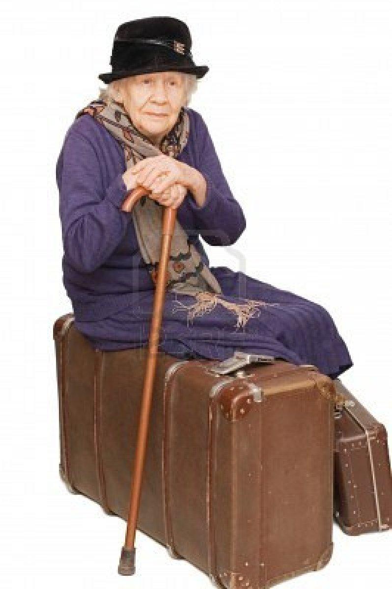 Pour rire un peu - Page 5 7496132-la-vieille-dame-repose-sur-une-valise