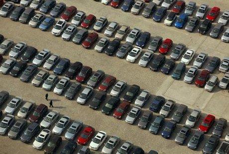 Boursier.com-Automobile-l-annee-2014-demarre-sur-les-chapeaux-de-roues-en-Europe_scalewidth_460